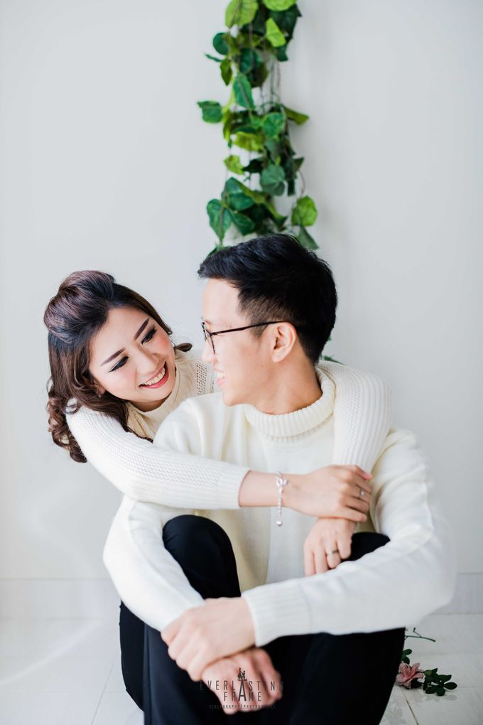 Yulius & Melisa Photo Studio by Everlasting Frame - 008