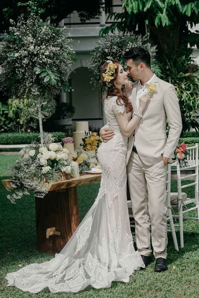 Tropical Wedding - Chintya & Glen by ELNATH - 028