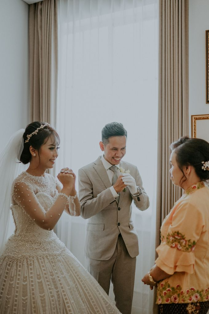 Wedding of Margaretha & Purwo Adi by Ariel Photography - 013