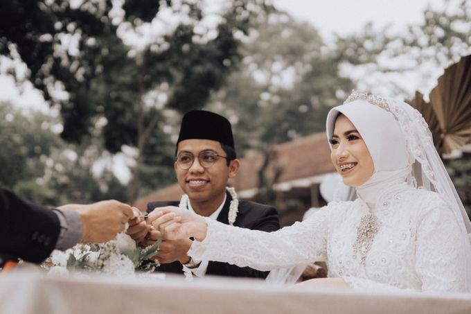 Intimate Wedding - Yoan & Tori by Loka.mata Photography - 022