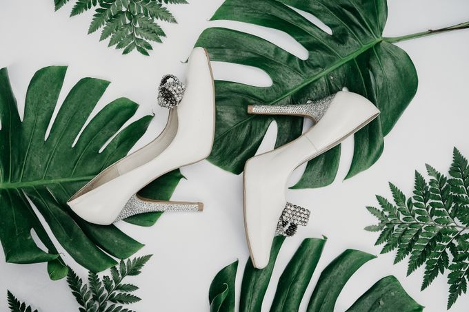 Tropical Wedding - Chintya & Glen by ELNATH - 031