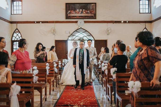 Wedding of Margaretha & Purwo Adi by Ariel Photography - 015