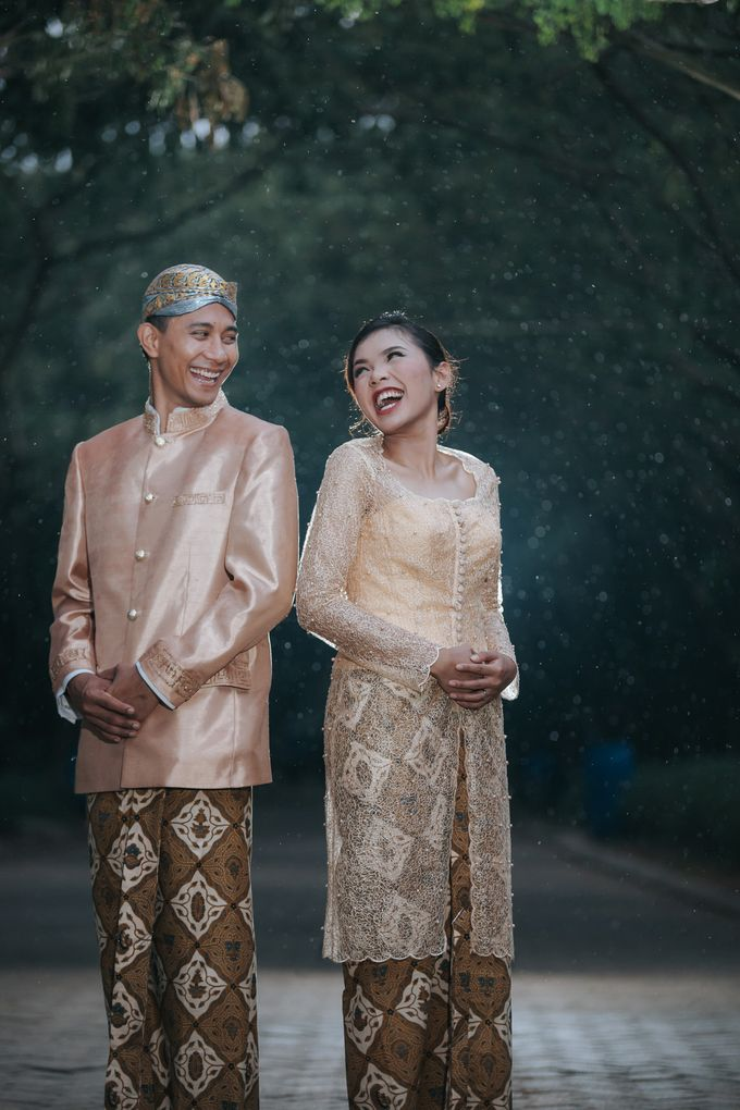 Kamelina & Adhit Prewedding at Pantai Indah Kapuk by GoFotoVideo - 023