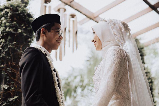 Intimate Wedding - Yoan & Tori by Loka.mata Photography - 027