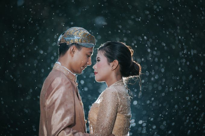 Kamelina & Adhit Prewedding at Pantai Indah Kapuk by GoFotoVideo - 025