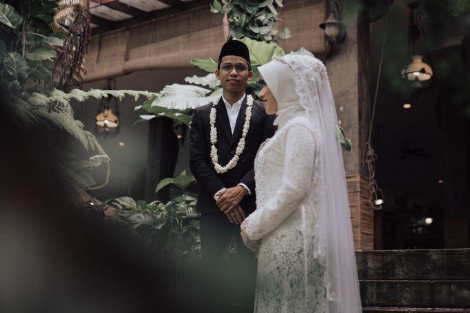 Intimate Wedding - Yoan & Tori by Loka.mata Photography - 030