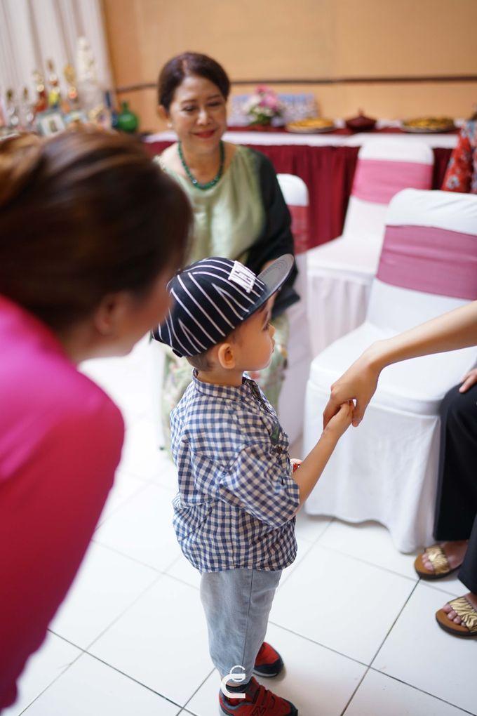 Engagement of Yoshi & Marcia by Glenn Chandra Wedding - 008