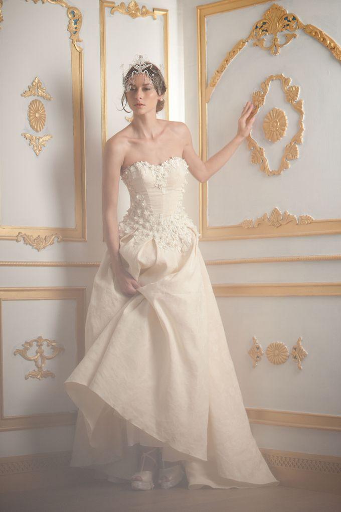Royal Embroidery by Barli Asmara Couture - 001