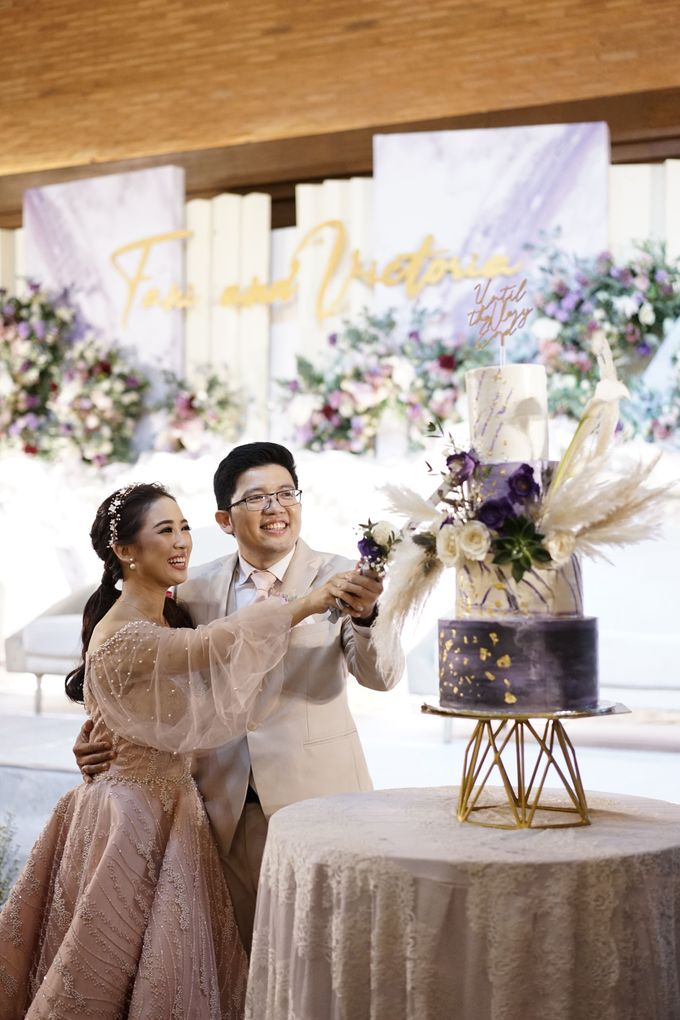 Fany & Victoria Wedding At United Grand Hall by Fiori.Co - 019