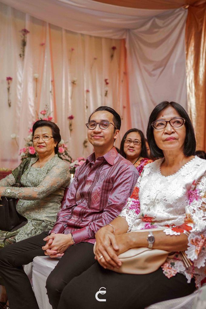 Engagement of Yoshi & Marcia by Glenn Chandra Wedding - 009