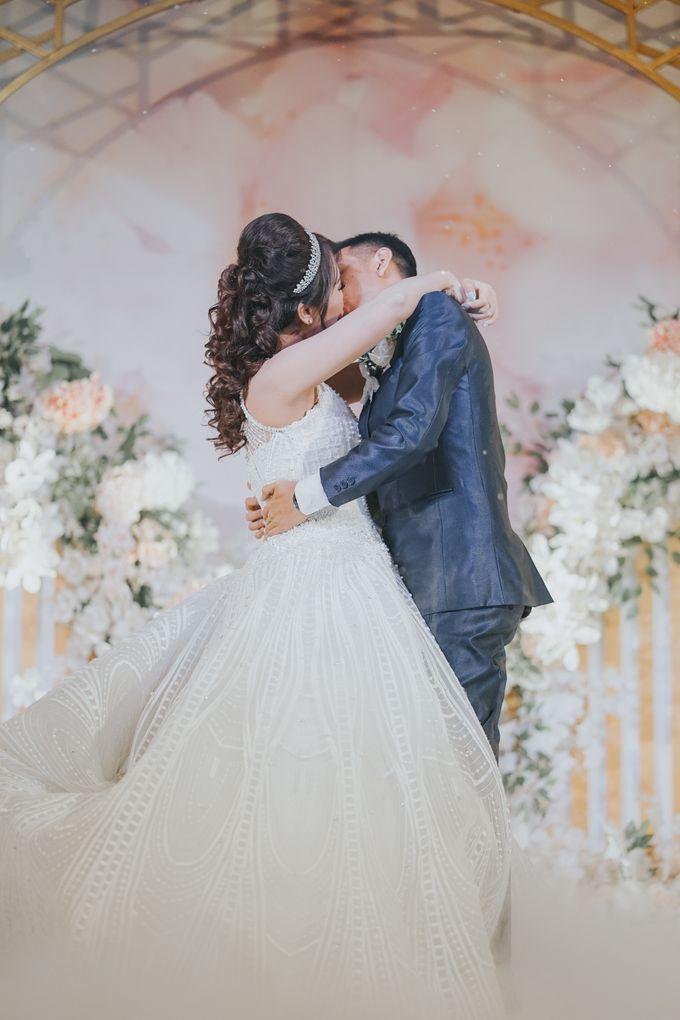 Wedding of Margaretha & Purwo Adi by Ariel Photography - 021
