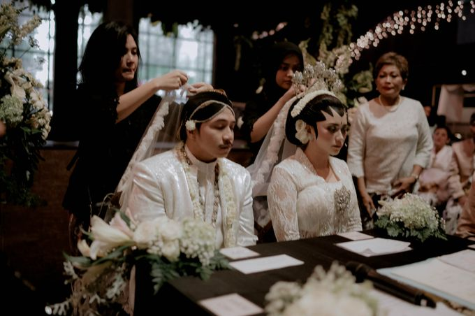 Devita & Ivan Wedding by Casablanca Design - 018