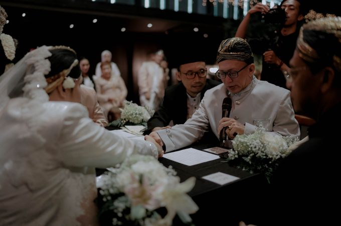 Devita & Ivan Wedding by Casablanca Design - 019