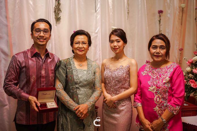 Engagement of Yoshi & Marcia by Glenn Chandra Wedding - 013