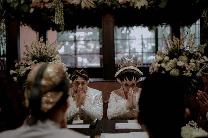 Devita & Ivan Wedding by Casablanca Design - 020