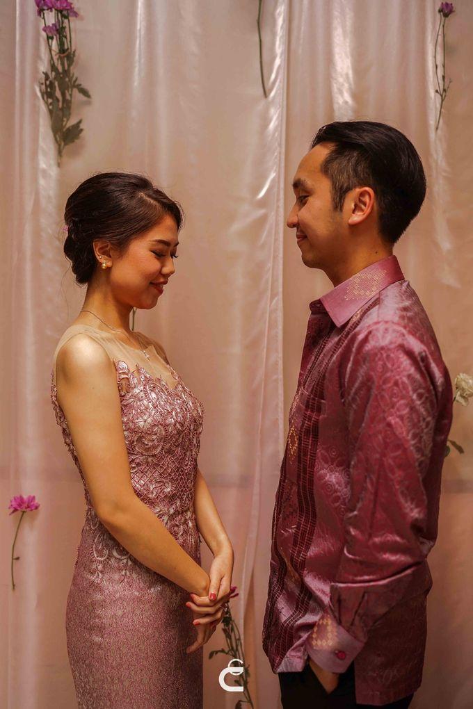 Engagement of Yoshi & Marcia by Glenn Chandra Wedding - 017