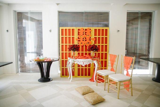 White Elegant Wedding Cliff by Bali Izatta Wedding Planner & Wedding Florist Decorator - 010