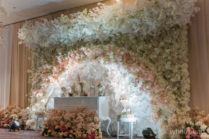 Pullman CP 2018 04 15 by White Pearl Decoration - 008