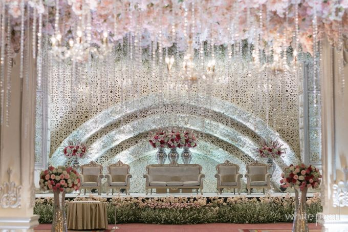 Pullman CP 2018 04 15 by White Pearl Decoration - 018