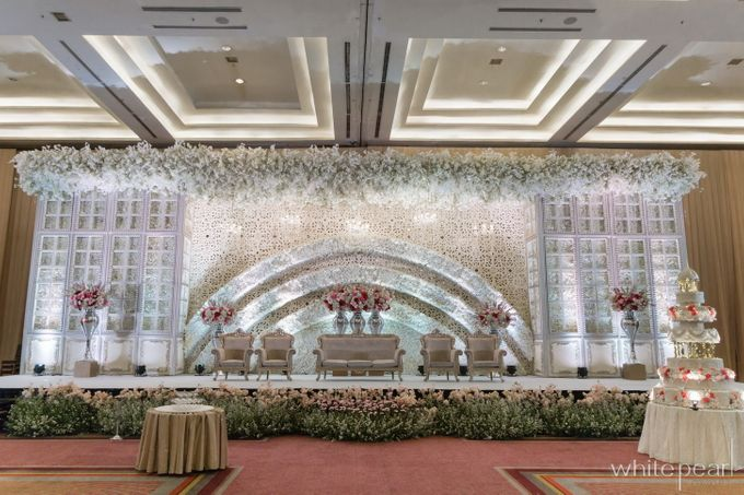 Pullman CP 2018 04 15 by White Pearl Decoration - 013