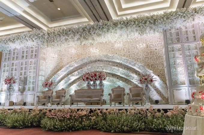 Pullman CP 2018 04 15 by White Pearl Decoration - 019