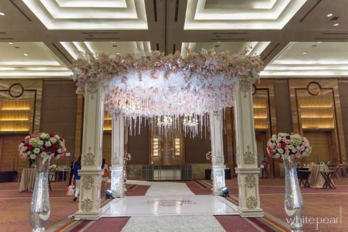 Pullman CP 2018 04 15 by White Pearl Decoration - 014