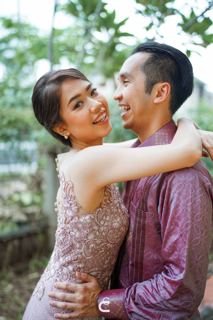 Engagement of Yoshi & Marcia by Glenn Chandra Wedding - 025