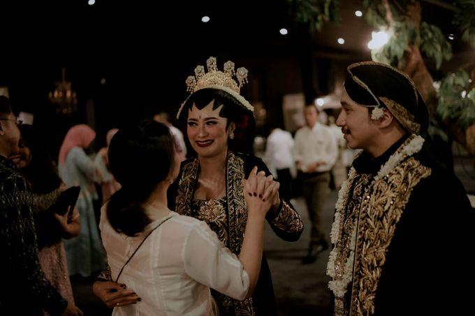Devita & Ivan Wedding by Casablanca Design - 036