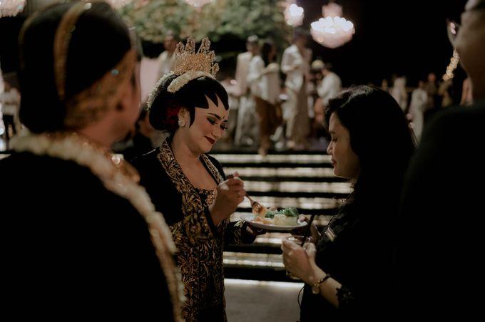 Devita & Ivan Wedding by Casablanca Design - 040