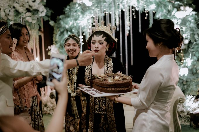 Devita & Ivan Wedding by Casablanca Design - 046