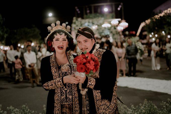 Devita & Ivan Wedding by Casablanca Design - 047