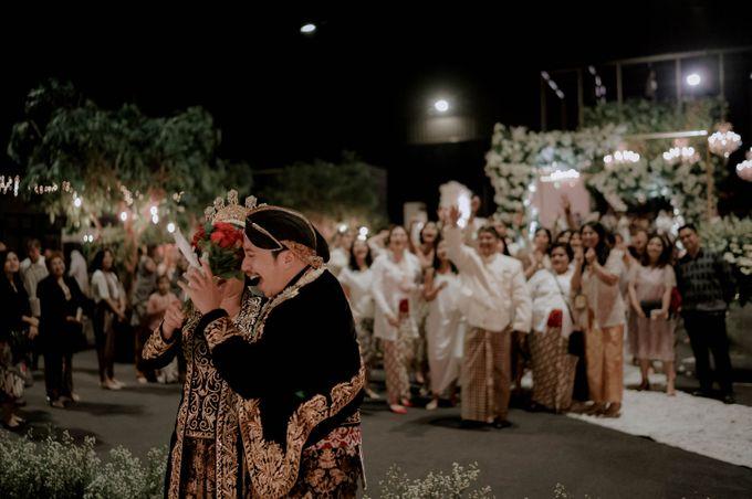 Devita & Ivan Wedding by Casablanca Design - 048