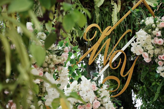 William & Yenny Wedding At The Imperium Kuningan by Fiori.Co - 003