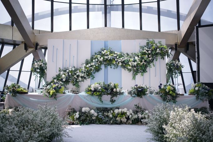 Theo & Chaye Wedding At JHL Solitaire Serpong by Fiori.Co - 002