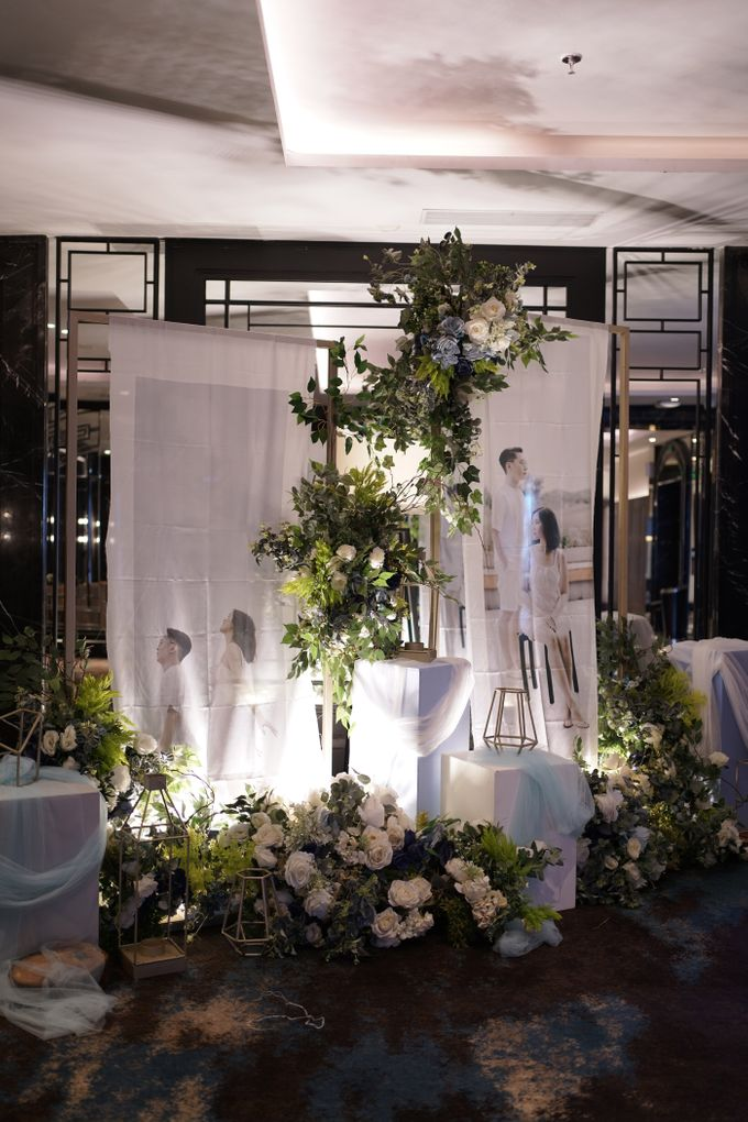 Theo & Chaye Wedding At JHL Solitaire Serpong by Fiori.Co - 005