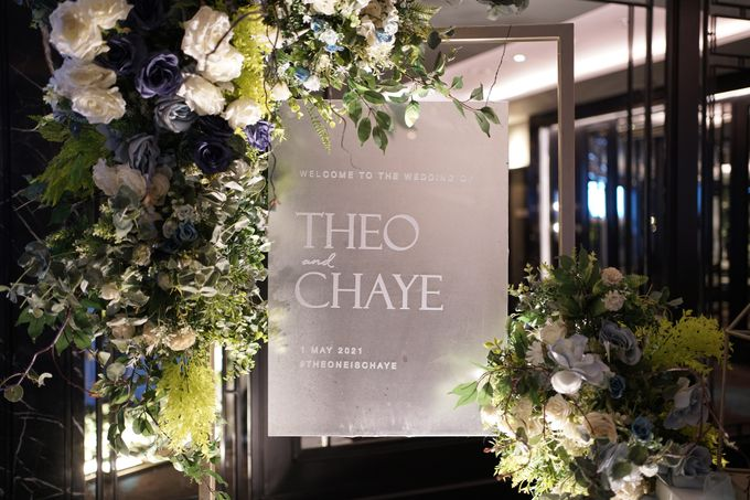 Theo & Chaye Wedding At JHL Solitaire Serpong by Fiori.Co - 006