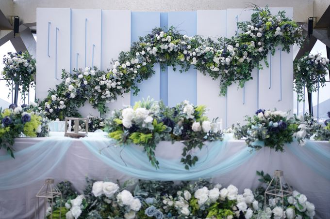 Theo & Chaye Wedding At JHL Solitaire Serpong by Fiori.Co - 004