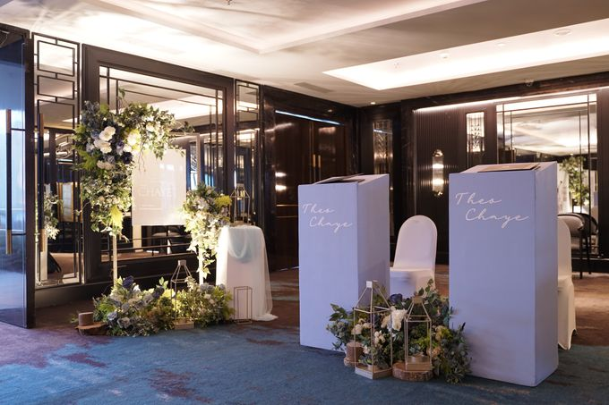 Theo & Chaye Wedding At JHL Solitaire Serpong by Fiori.Co - 007