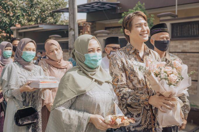 Engagement - Dira & Singgih by Loka.mata Photography - 029