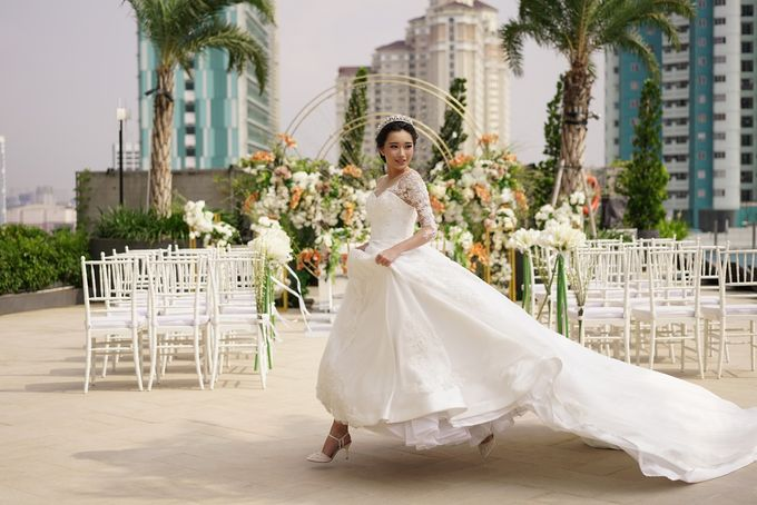 Outdoor Wedding at Holiday Inn & Suites Jakarta Gajah Mada by Holiday Inn & Suites Jakarta Gajah Mada - 009