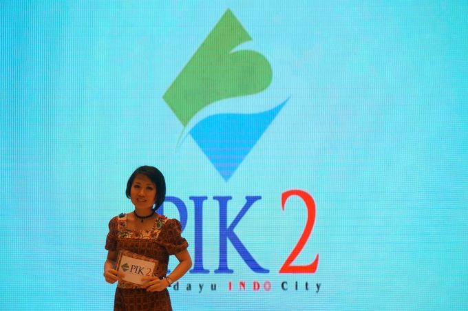 Presentation of PIK 2 by MC Mandarin Linda Lin - 001