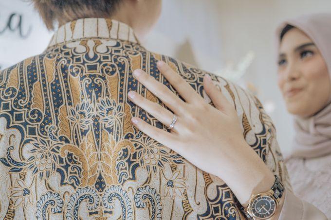 Engagement - Dira & Singgih by Loka.mata Photography - 030