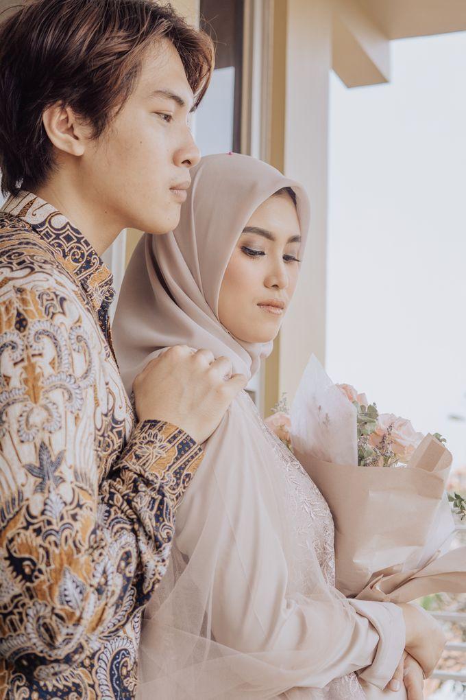 Engagement - Dira & Singgih by Loka.mata Photography - 032