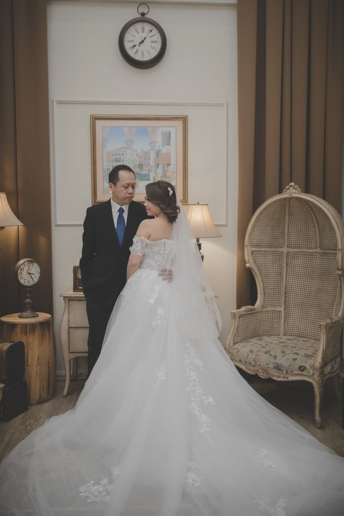 f15177851dfd Add To Board Wedding Gown For Prewedding Session by Elina Wang Bridal - 001