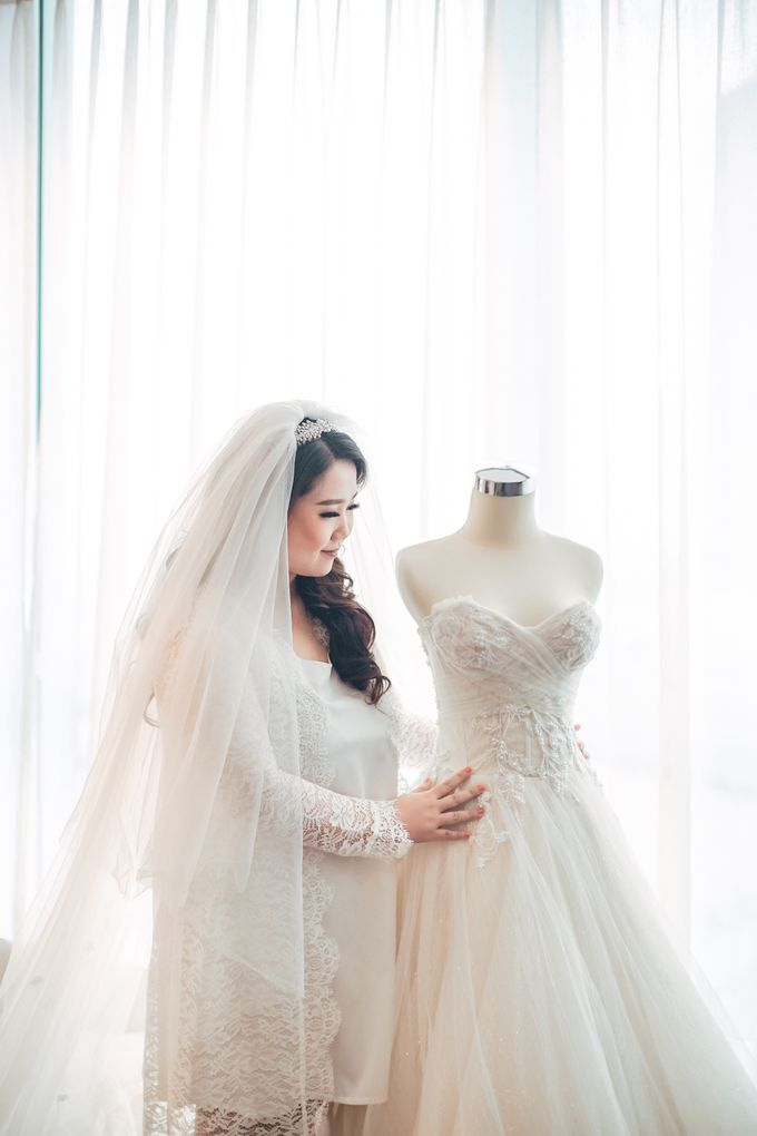 Love is a song that never ends ❤ by Gorgeous Bridal Jakarta - 013