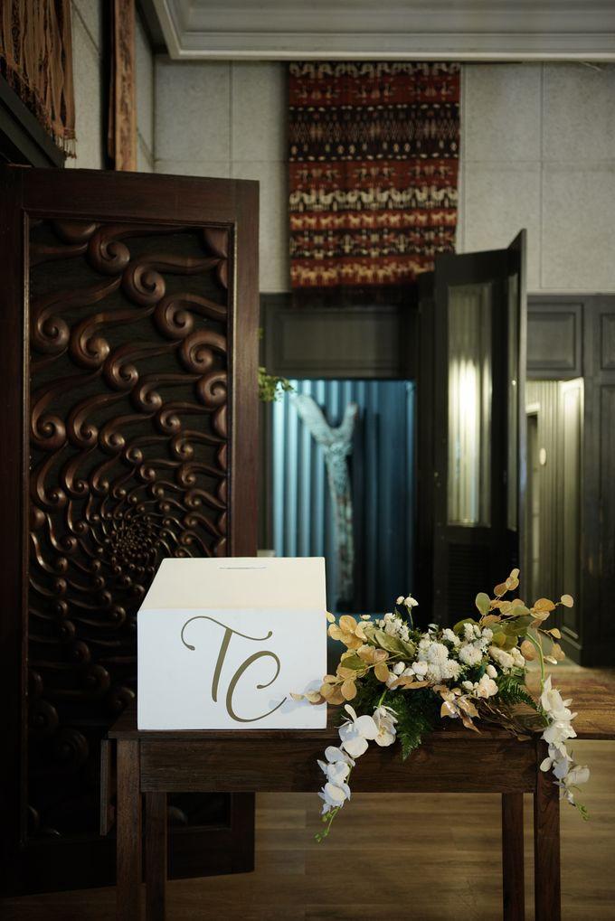 Toby & Tami Wedding At Kembang Goela by Fiori.Co - 008