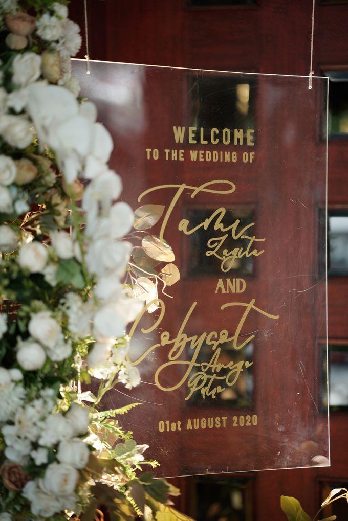 Toby & Tami Wedding At Kembang Goela by Fiori.Co - 018