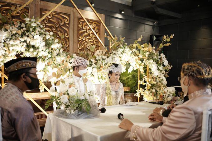 Toby & Tami Wedding At Kembang Goela by Fiori.Co - 014