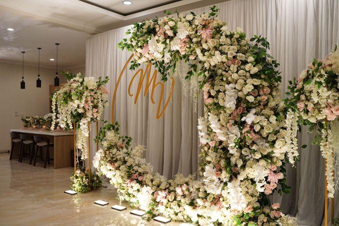 Michael & Valenta Wedding by Fiori.Co - 002