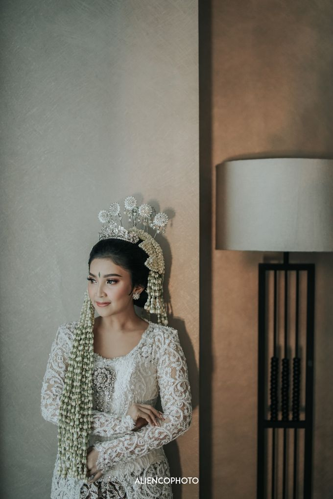 GEDUNG ANTAM WEDDING OF WINNIE & ANAS by alienco photography - 047